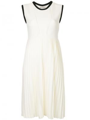 Плиссированное платье Taro Horiuchi. Цвет: белый