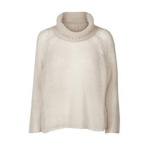 Пуловер-водолазка из тонкого трикотажа AND LESS. Цвет: бежевый