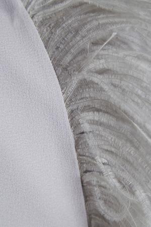 Платье-миди с перьями A LA RUSSE. Цвет: серый