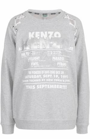 Свитшот свободного кроя с надписями Kenzo. Цвет: светло-серый