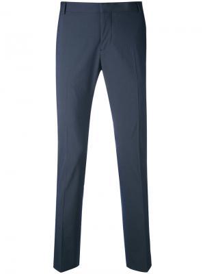 Зауженные брюки Entre Amis. Цвет: синий