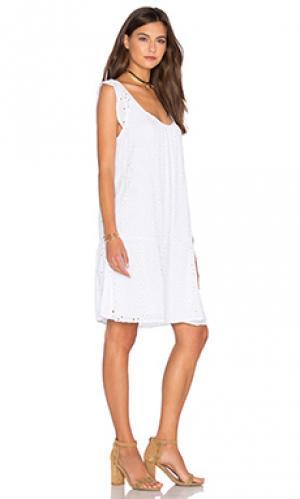 Платье airlina Velvet by Graham & Spencer. Цвет: белый