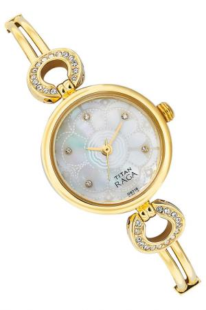 Часы наручные Titan. Цвет: золотой