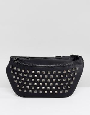 Yoki Fashion Сумка-кошелек на пояс с отделкой заклепками. Цвет: черный