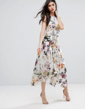 Talulah Платье миди с цветочным принтом Into You. Цвет: мульти