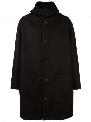 Объемное однобортное пальто Cini. Цвет: чёрный