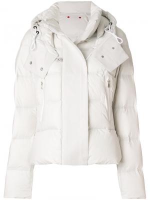Приталенная дутая куртка Peuterey. Цвет: телесный