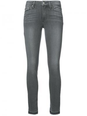Выбеленные джинсы скинни Paige. Цвет: серый