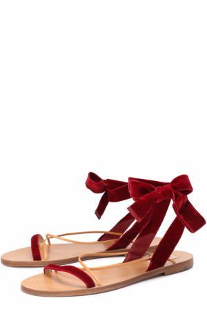 Бархатные сандалии с ремешками Valentino. Цвет: красный