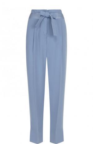 Укороченные однотонные брюки со стрелками и поясом Windsor. Цвет: голубой