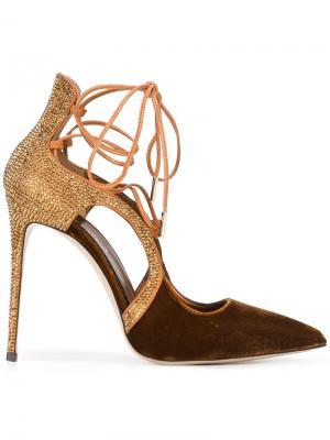 Туфли на шнуровке Le Silla. Цвет: коричневый