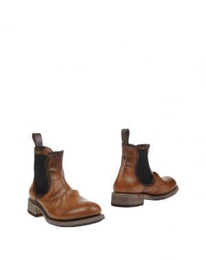 Полусапоги и высокие ботинки JOHN VARVATOS. Цвет: желто-коричневый