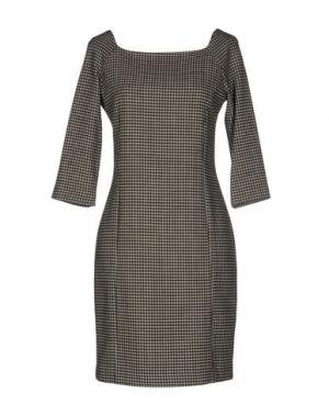 Короткое платье FRANCESCA FERRANTE. Цвет: зеленый-милитари