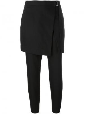 Брюки с фартуком DKNY. Цвет: чёрный