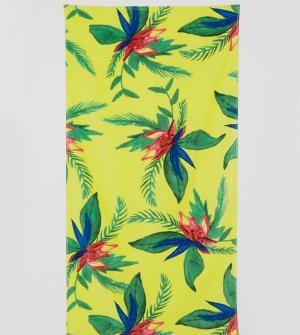 Monki Пляжное полотенце с тропическим цветочным принтом. Цвет: желтый
