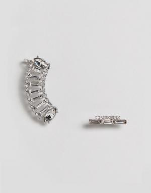 ASOS Серьги-гвоздики с изогнутым дизайном. Цвет: серебряный