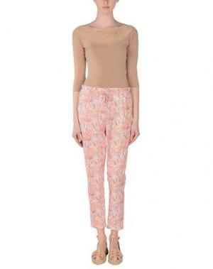 Повседневные брюки MYTHS. Цвет: коралловый