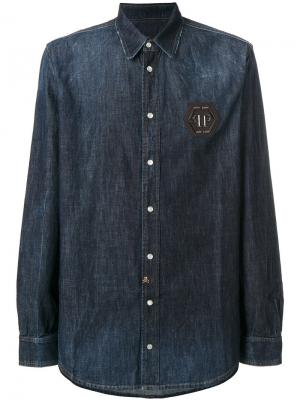 Рубашка с бляшкой логотипом Philipp Plein. Цвет: синий