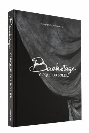 Backstage. Cirque du Soleil Assouline. Цвет: без цвета