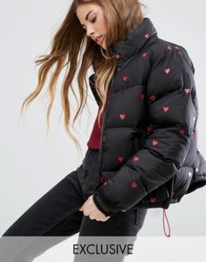 Lazy Oaf Дутая куртка с сердечками. Цвет: черный