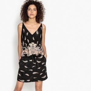 Платье короткое с плиссировкой и графичным рисунком SEE U SOON. Цвет: черный наб. рисунок