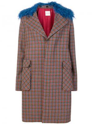 Пальто с меховым воротником Each X Other. Цвет: многоцветный