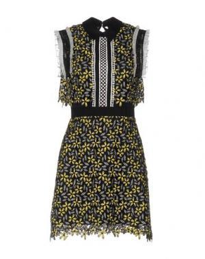 Короткое платье SELF-PORTRAIT. Цвет: желтый