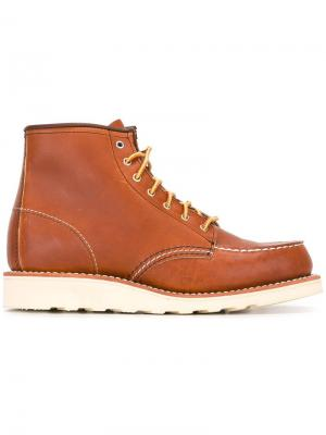 Classic moccasin toe boots Red Wing Shoes. Цвет: коричневый