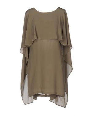Короткое платье ELLA LUNA. Цвет: хаки