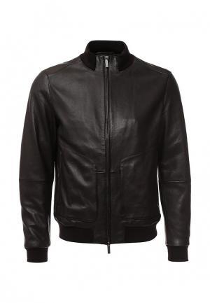 Куртка кожаная Boss. Цвет: коричневый