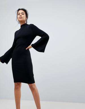 Keepsake Трикотажное платье с расклешенными рукавами. Цвет: черный