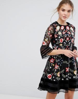 Frock and Frill Платье мини с вышивкой Premium. Цвет: черный