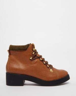 Eeight Ботильоны с низким каблуком и шнуровкой Madison. Цвет: рыжий