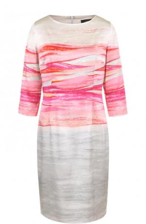 Шелковое приталенное платье с принтом St. John. Цвет: серый