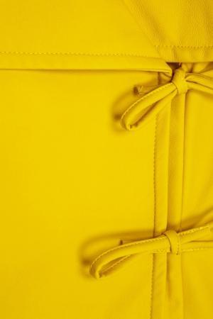 Однотонное полупальто A.W.A.K.E.. Цвет: желтый