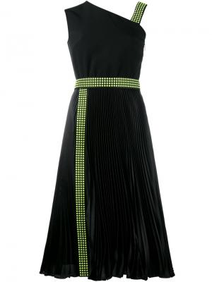Платье на одно плечо с отделкой заклепками Christopher Kane. Цвет: чёрный