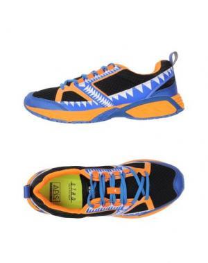 Низкие кеды и кроссовки STRD BY VOLTA FOOTWEAR. Цвет: ярко-синий