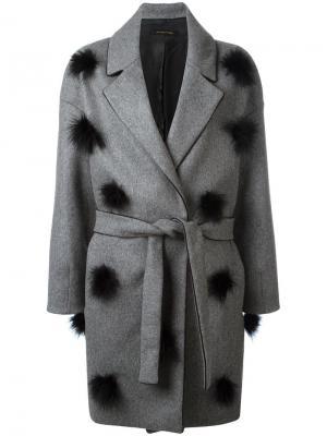 Пальто с поясом и помпонами Mother. Цвет: серый