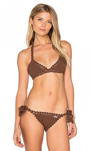 Топик бикини с треугольными чашками и вышивкой крошё SHE MADE ME. Цвет: коричневый