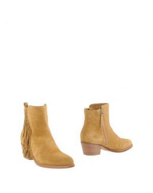 Полусапоги и высокие ботинки SARTORE. Цвет: охра