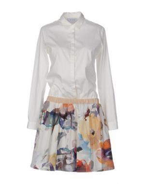 Короткое платье AGLINI. Цвет: белый