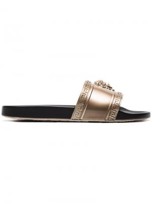 Medusa leather slides Versace. Цвет: металлический