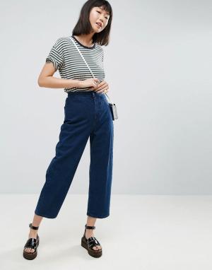ASOS Выбеленные широкие джинсы цвета индиго. Цвет: синий