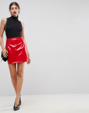 ASOS Трапециевидная мини-юбка из винила. Цвет: красный
