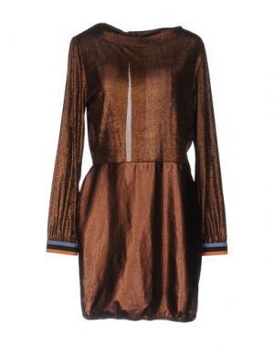 Короткое платье DV ROMA. Цвет: какао