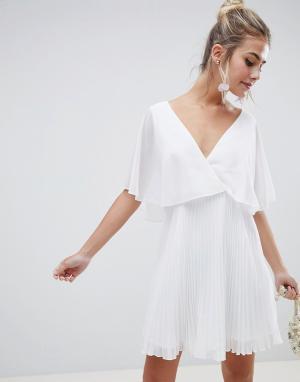 ASOS Платье мини с плиссированной юбкой DESIGN. Цвет: белый