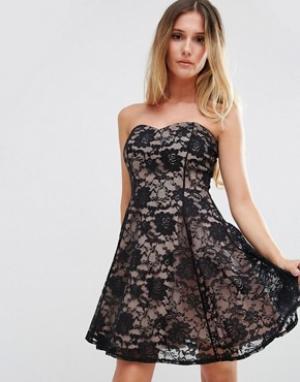Jessica Wright Кружевное платье с вырезом сердечком. Цвет: черный