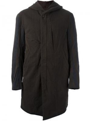 Пальто в полоску с капюшоном Ziggy Chen. Цвет: коричневый
