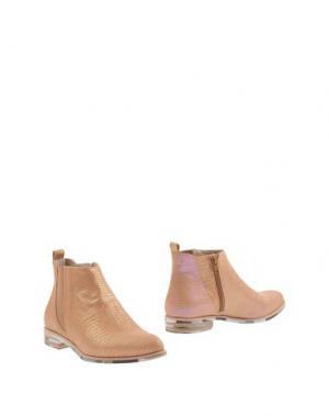Полусапоги и высокие ботинки ZINDA. Цвет: песочный