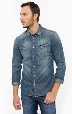 Джинсовая рубашка с потертостями Wrangler. Цвет: синий